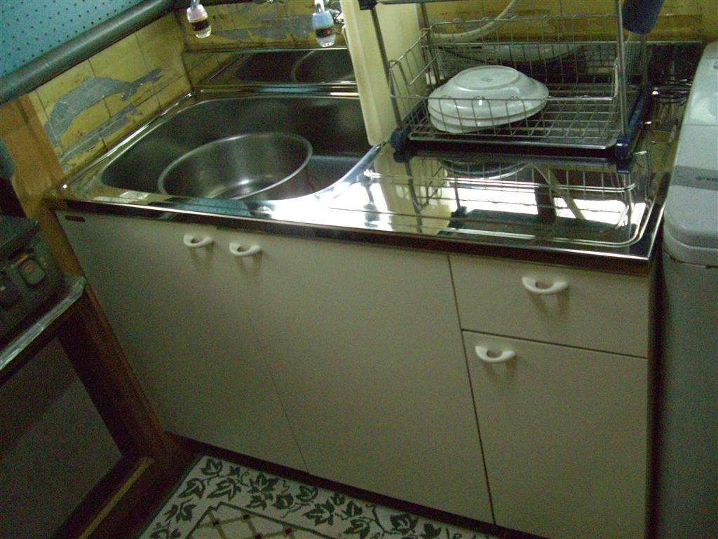 築60年全くお金を掛けないでキッチン取替え工事