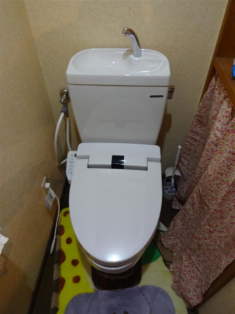家族が増えるので1・2Fトイレを取替え♪ 1F