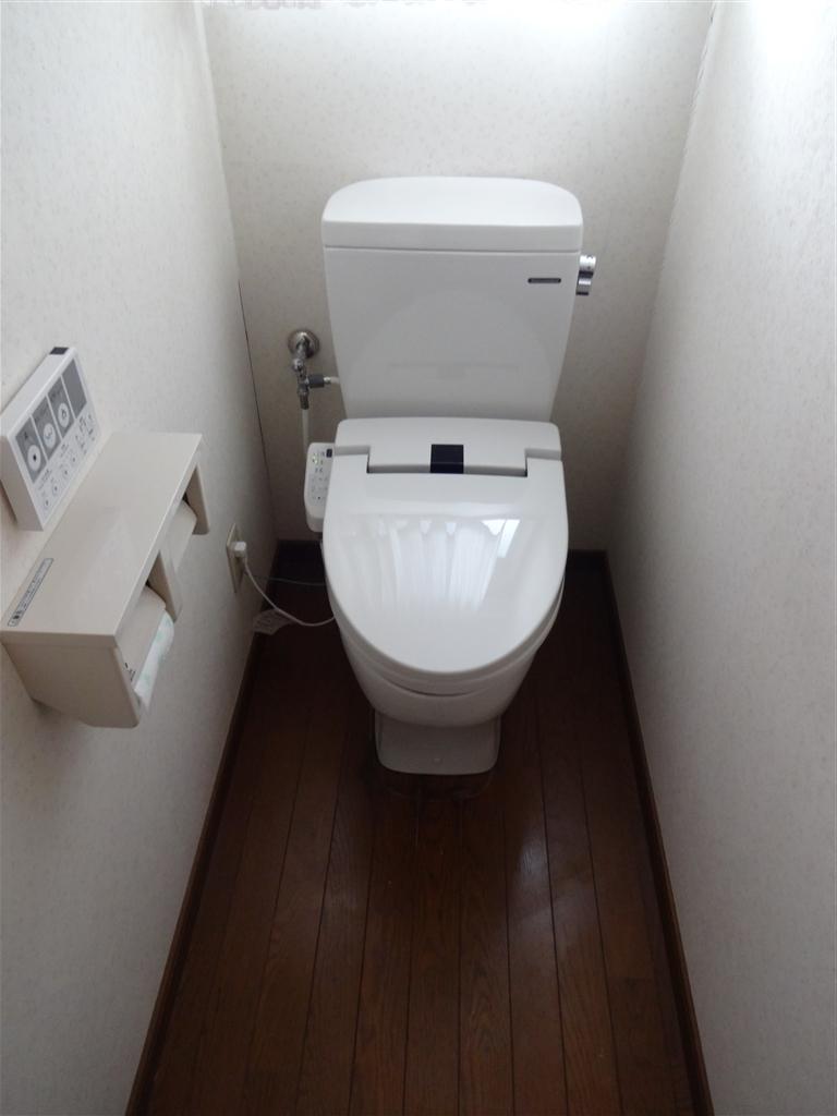 家族が増えるので1・2Fトイレを取替え♪ 2F