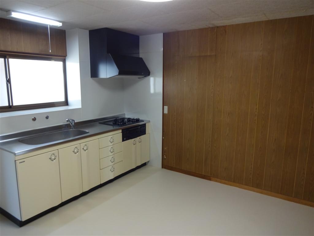 伊豆の国市:中古住宅全面改装工事 11 キッチン改装工事