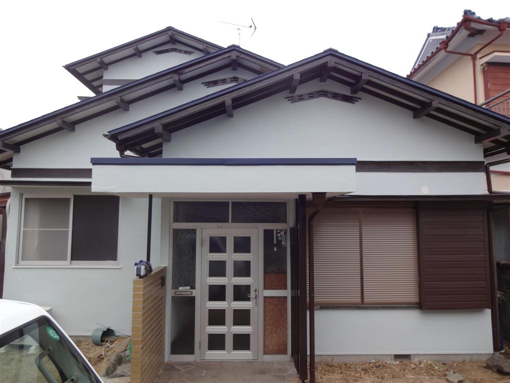 伊豆の国市:中古住宅全面改装工事5 外壁全面塗装工事