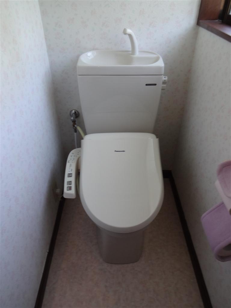 洗面化粧台と1・2Fトイレが気になって・・・ 2Fトイレ