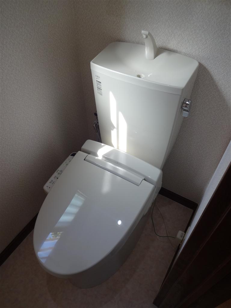 洗面化粧台と1・2Fトイレが気になって・・・ 1Fトイレ