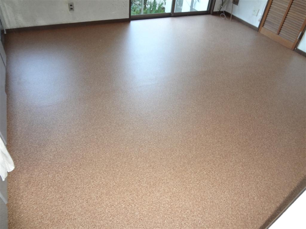 この台所と脱衣場の床も一緒に補修、新・洗濯機置場!