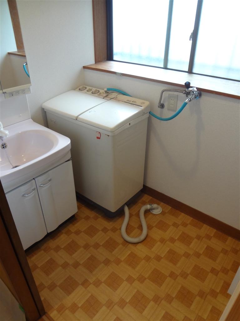 3年悩んだ末の浴室改装工事!脱衣場