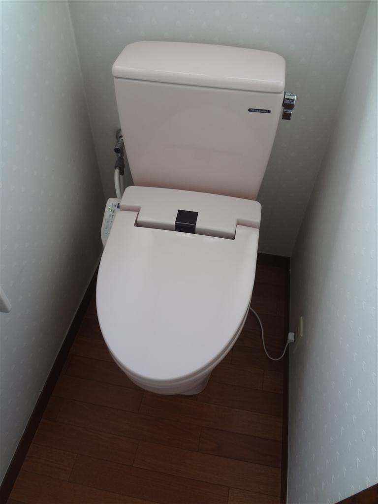 2Fのトイレにもお尻を洗う機能が欲しいです!
