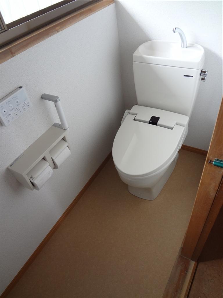 1Fのトイレはやっぱり洋式にしないと・・・