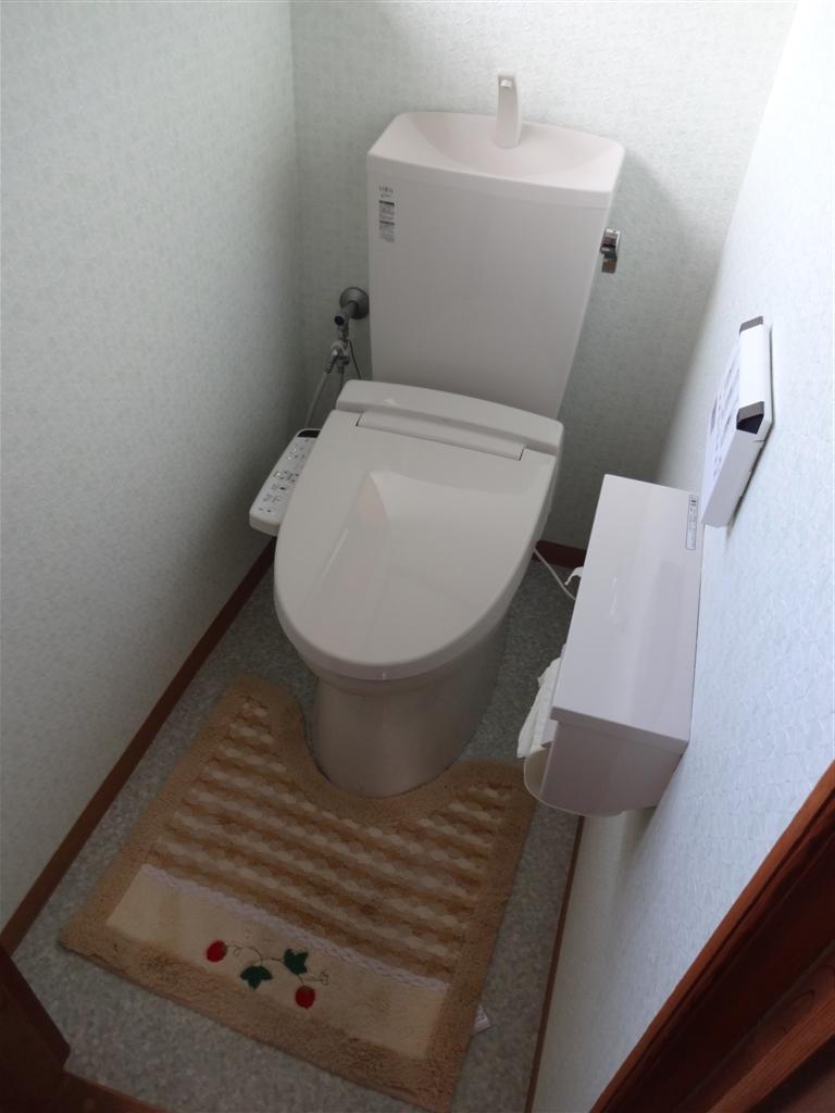 車か?リフォーム?やっぱり 2Fトイレ改装!