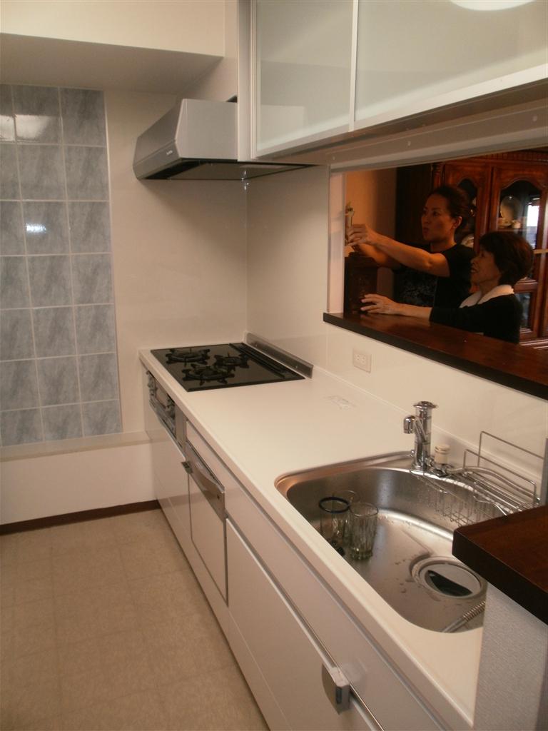 マンションに梁がありますけど、システムキッチン大丈夫?
