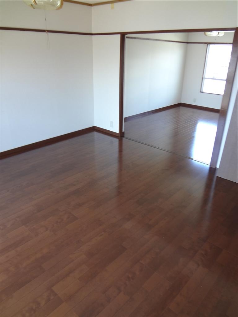 アパートの部屋、思いっきり改装! ダイニング床