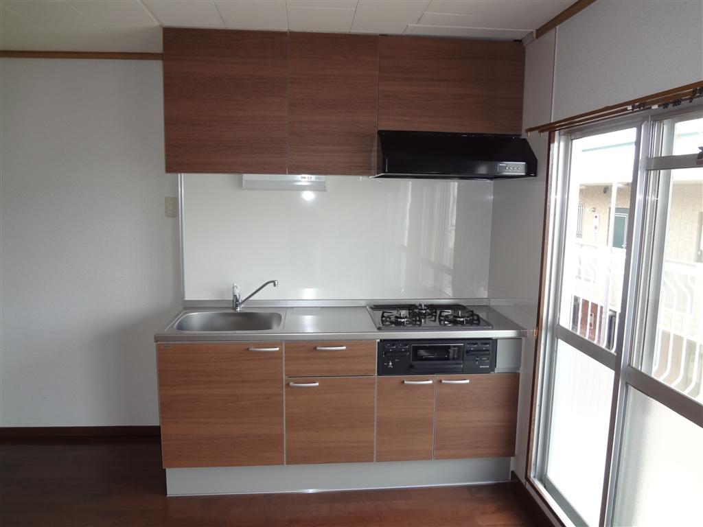 アパートの部屋、思いっきり改装! キッチン