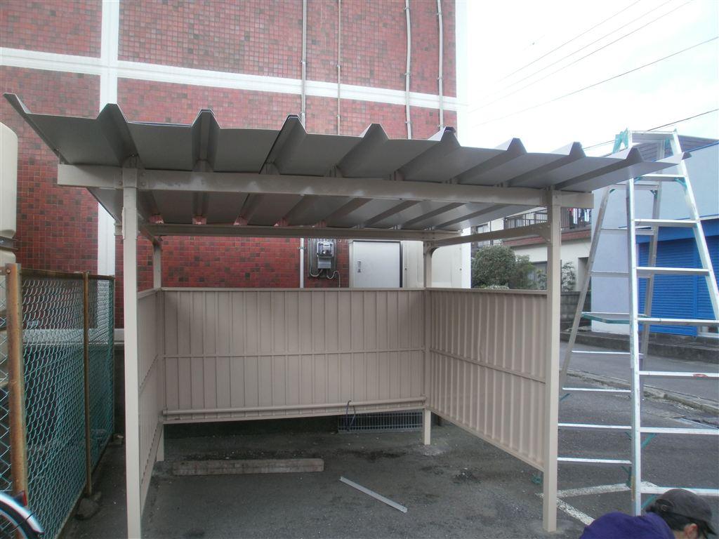 台風被害 駐輪場の補修 2