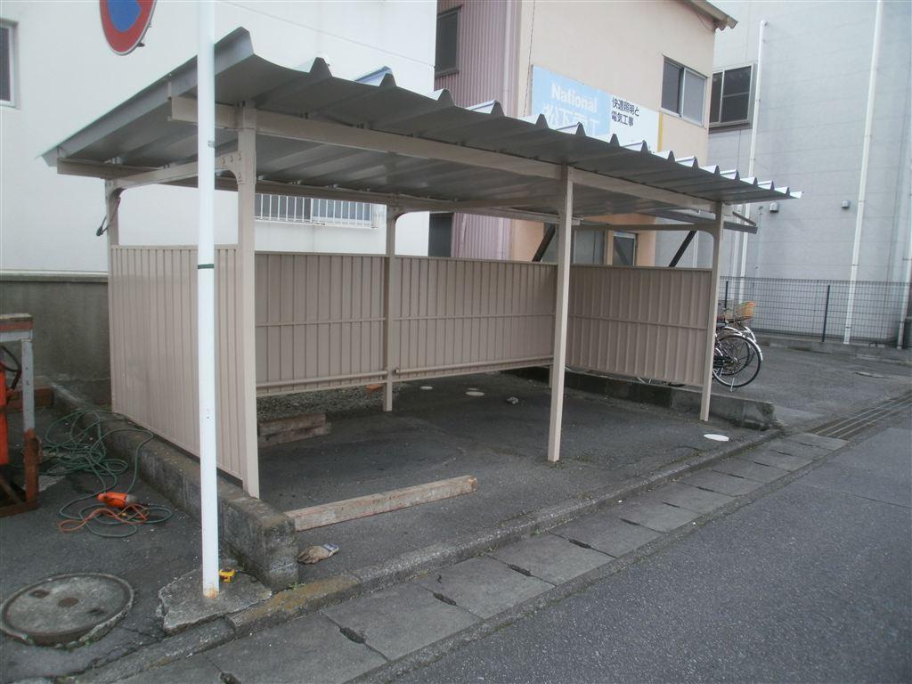 台風被害 駐輪場の補修 1