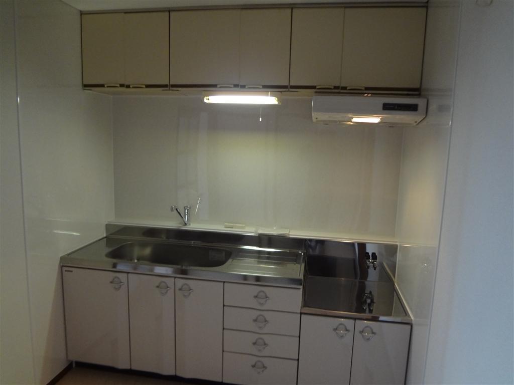 Sビル各部屋全面改装工事 C室 キッチン
