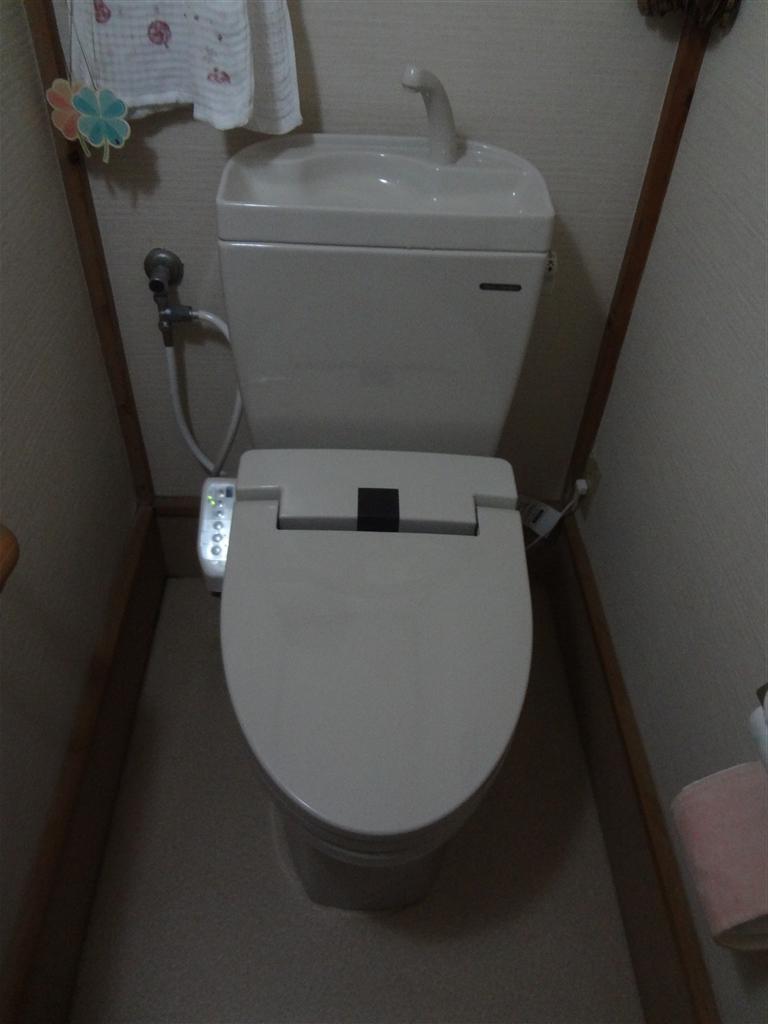 ホームセンターで購入した、1Fトイレは6年経ったら取替え。