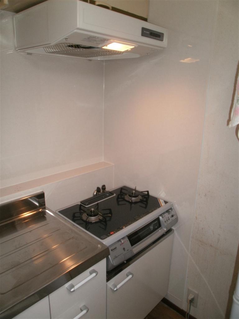 Sビル各部屋全面改装工事 B室 キッチン