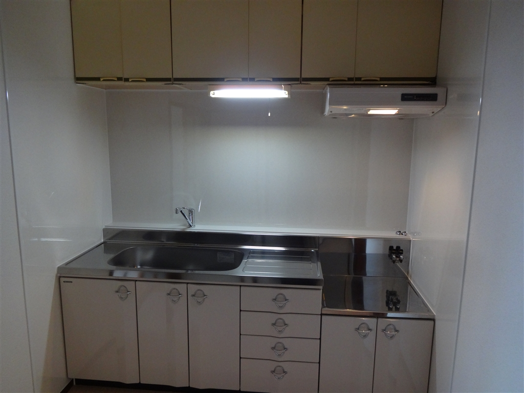 Sビル各部屋全面改装工事 D室 キッチン