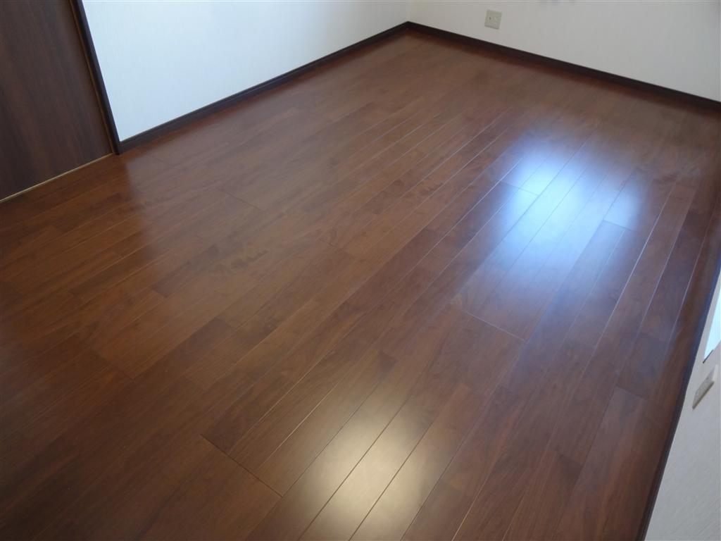 築32年住宅:将来、暮らしやすいように! 2F和室改装 A 床・壁・天井