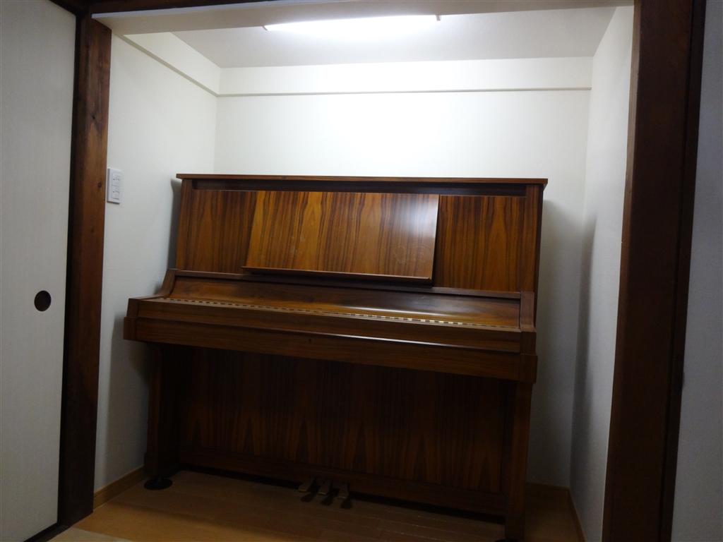 築58年住宅 いろいろと考えて! 押入にピアノ♪