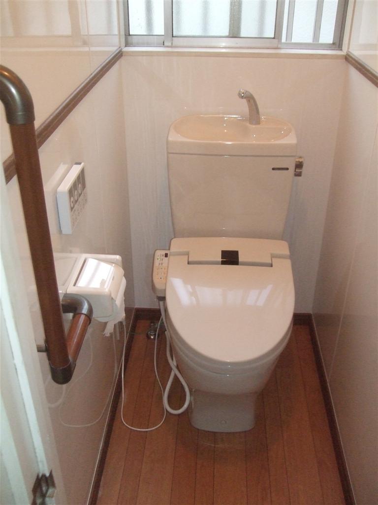 介護保険使用 トイレ改装工事