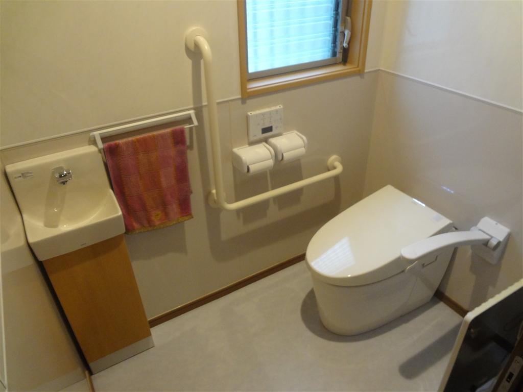 こうなったら建替え?1F 超こだわりトイレ