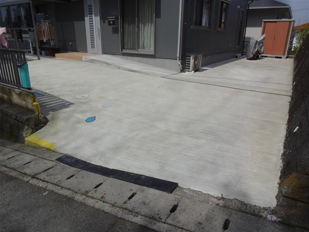 こうなったら建替え?駐車場
