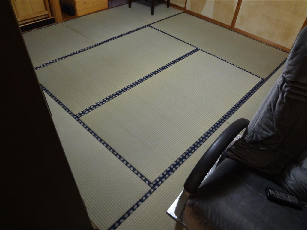 畳の表替えをしてから14年経ちました・・・