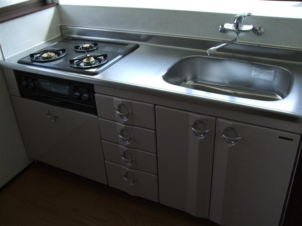 借家にしている家を改装。自分たちが暮らす家に!キッチン