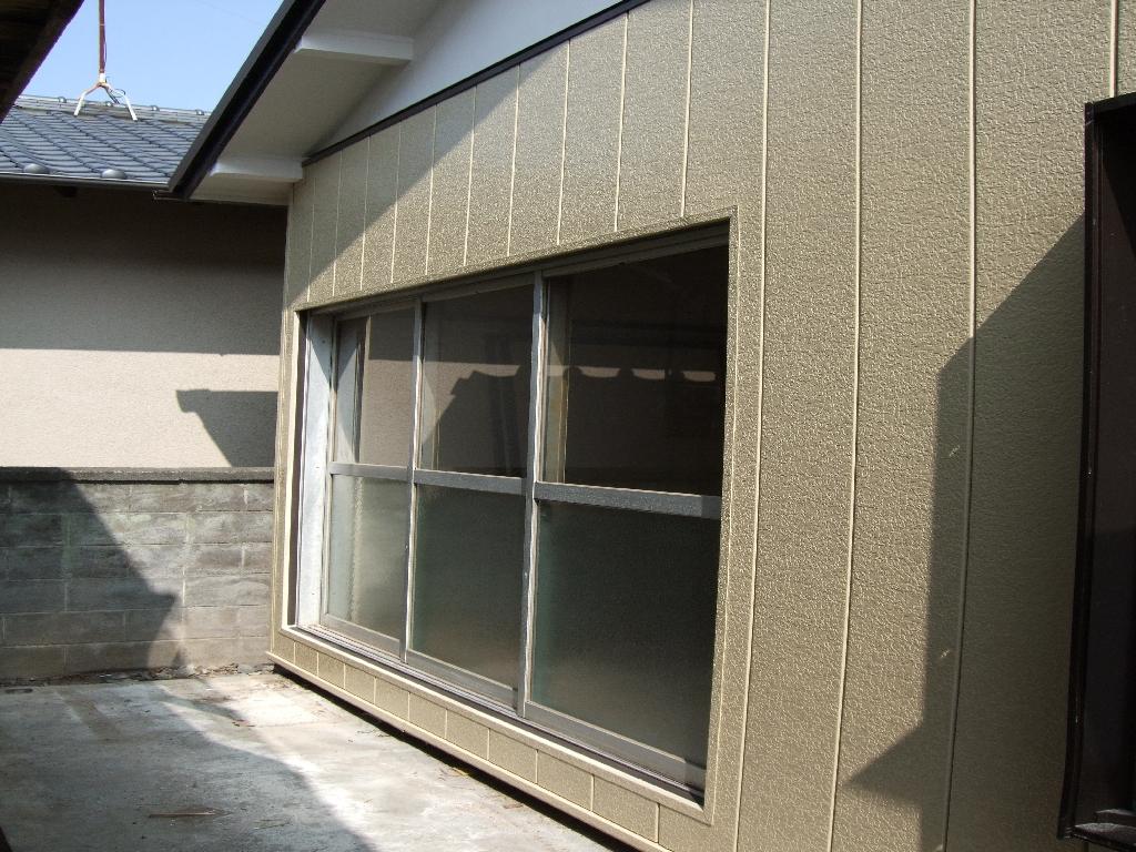 借家にしている家を改装。自分たちが暮らす家に!外壁