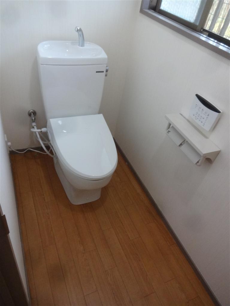 今後の生活を考えて水廻り全面改装工事♪トイレ