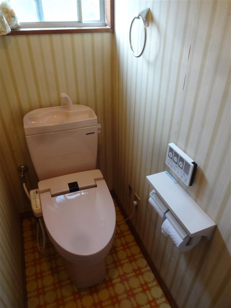 うちの水道はサビだらけ!トイレ取替え2F