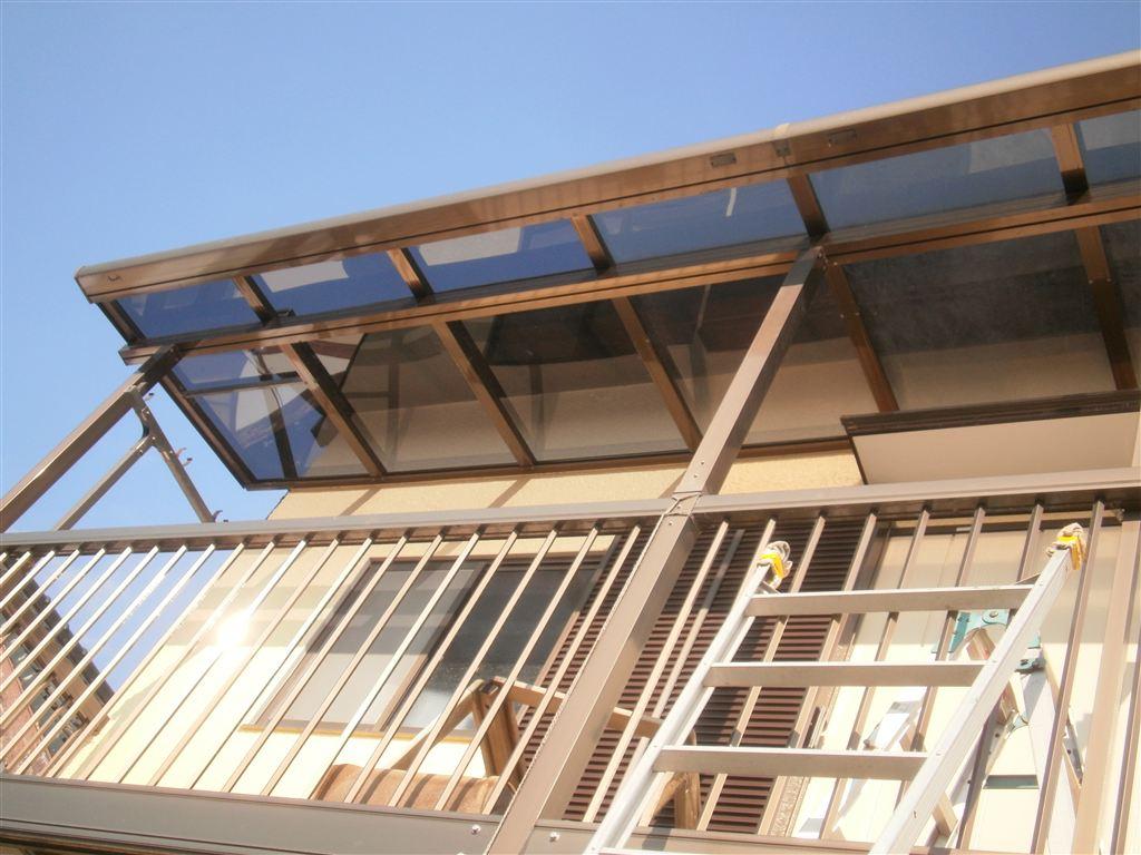 屋根の瓦が飛んで近所迷惑になる前に!テラス 補修