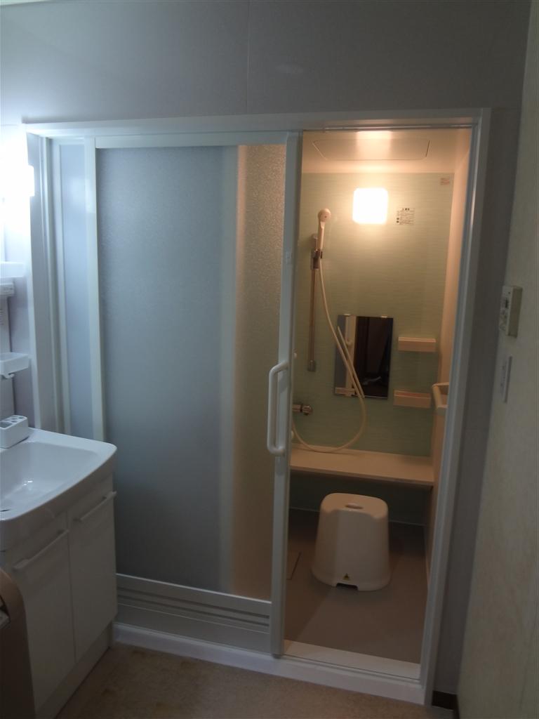 2Fの浴室を介護仕様に!システムバス 介護
