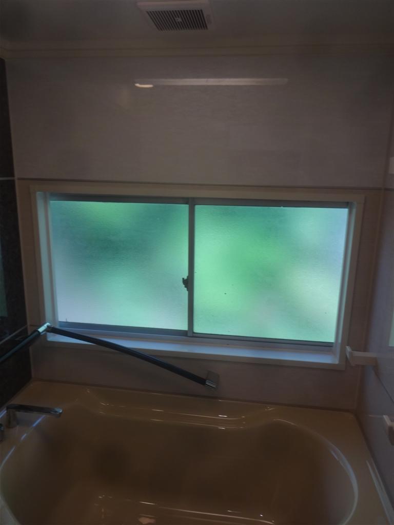 うちの水道はサビだらけ・・・浴室 緊急補修工事