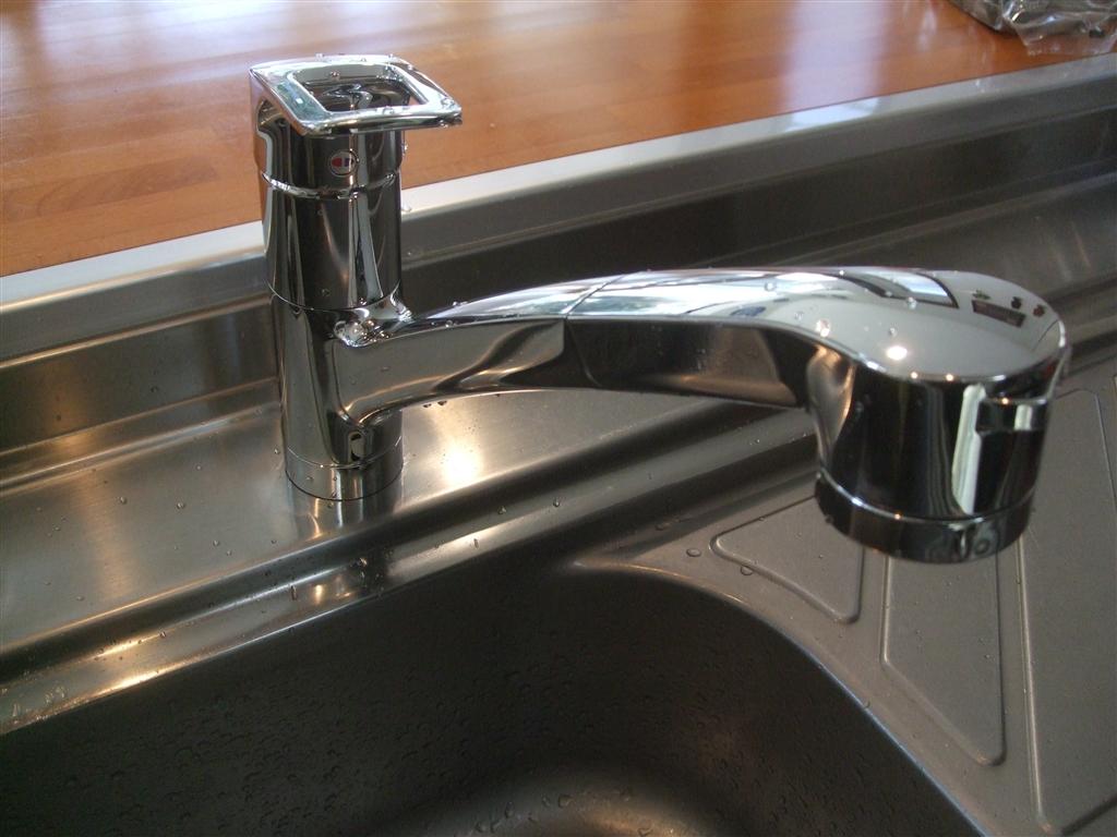 台所シャワー水栓を取替えてください!