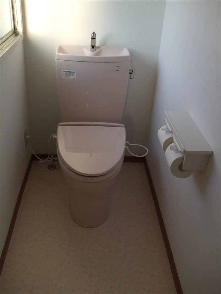 2Fのトイレが漏れないように!新しく♪