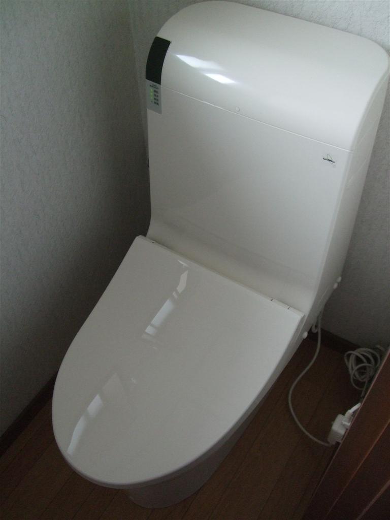 1・2Fのトイレを一緒に取替え 2F