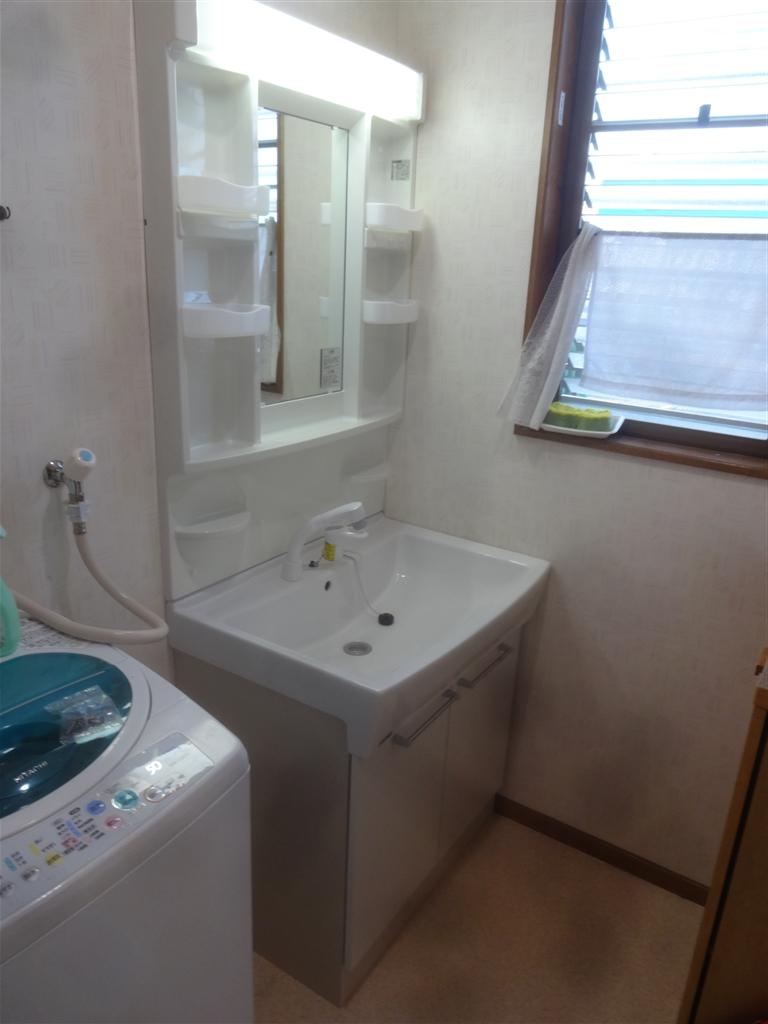 浴室選びの際に、洗面化粧台を見つけました。