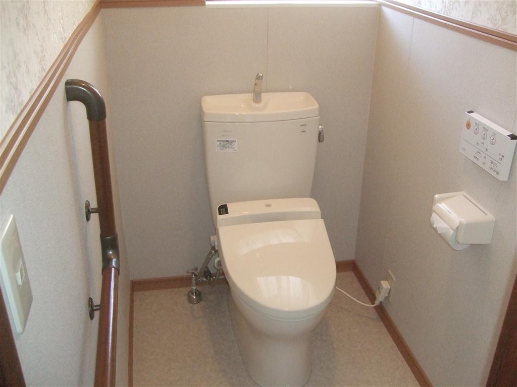 芙蓉台、訪問販売の介護仕様トイレ♪