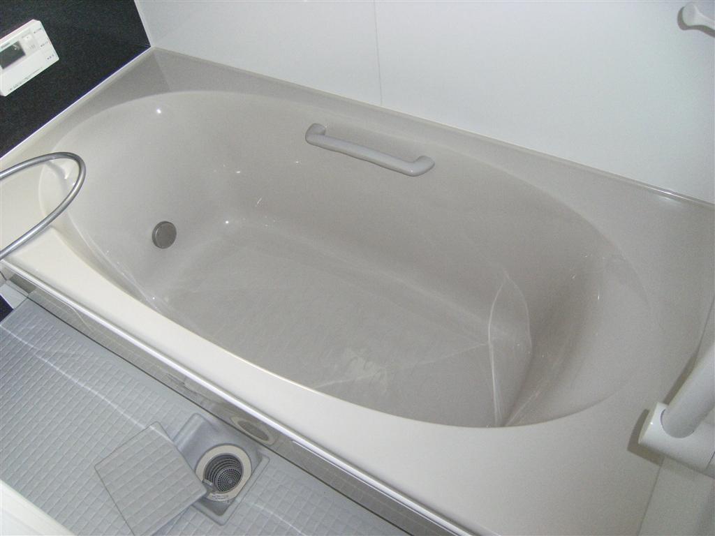 新築?中古住宅全面改装して暮らす。浴室