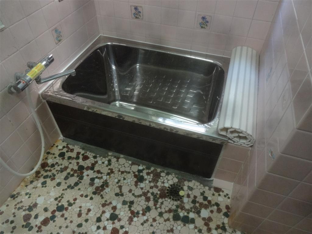 最低限!漏水補修 浴槽取替え♪