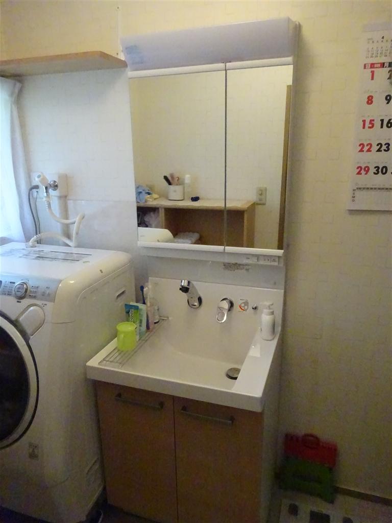 脱衣場改装!上手くスペースを♪ 洗面化粧台
