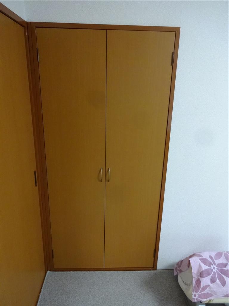 和室の収納扉を取替え!