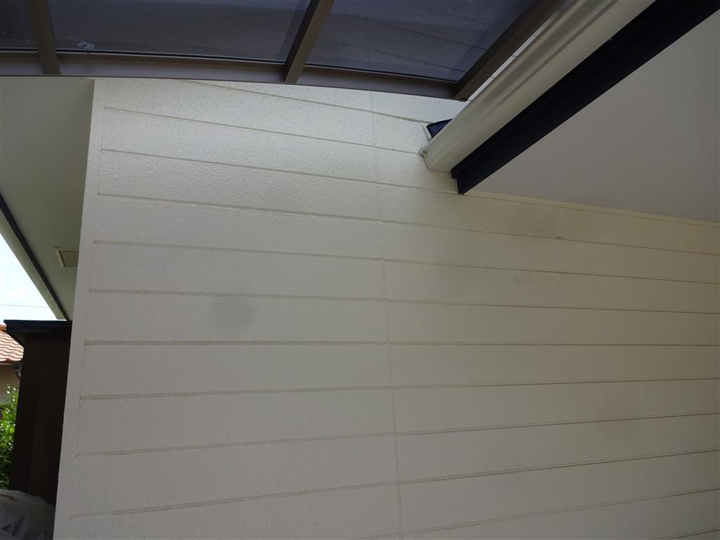 駐車場を大々的に改装 外壁補修工事