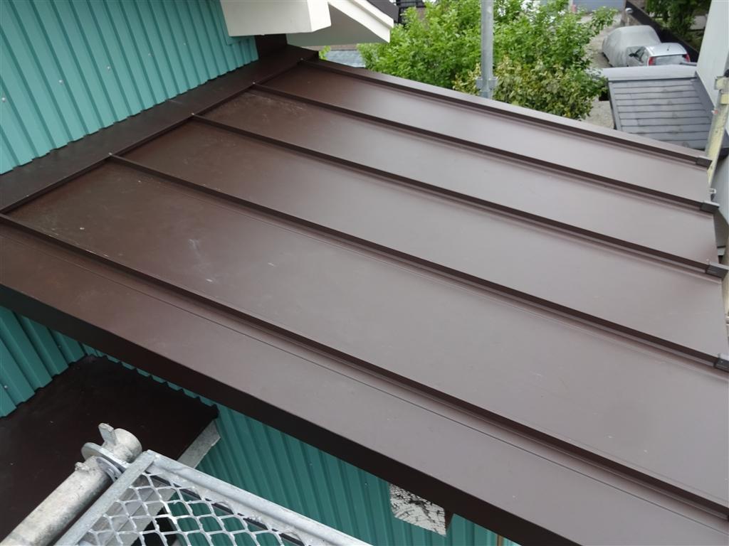 えいごのひろば 改装工事 2Fトイレ屋根