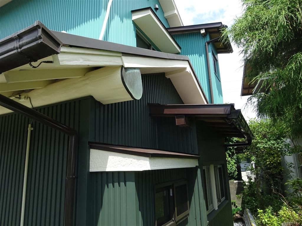 えいごのひろば 改装工事 1F 東側 軒天塗装
