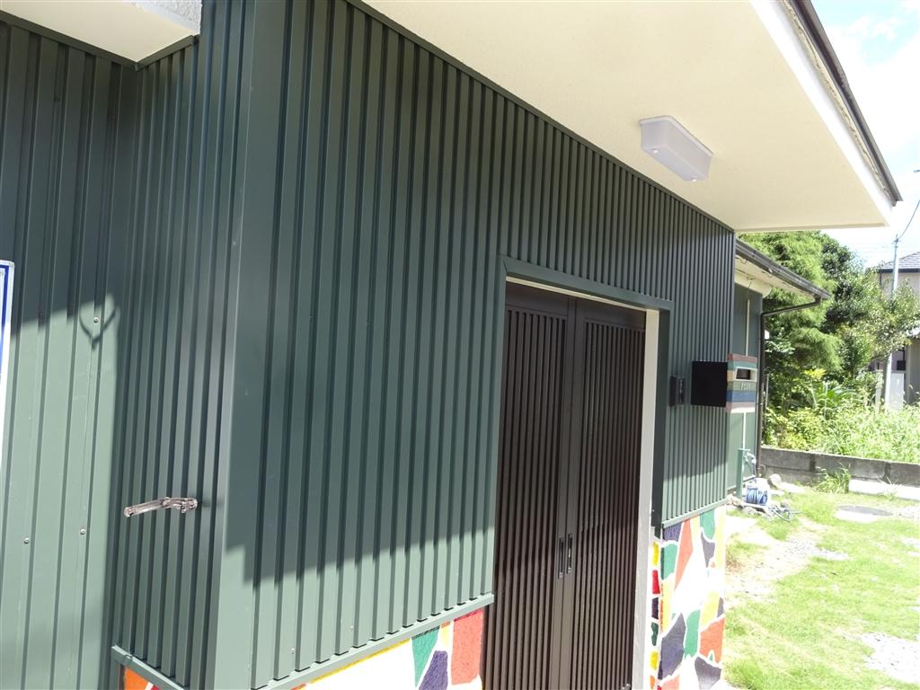 えいごのひろば 改装工事 玄関外壁サイディング