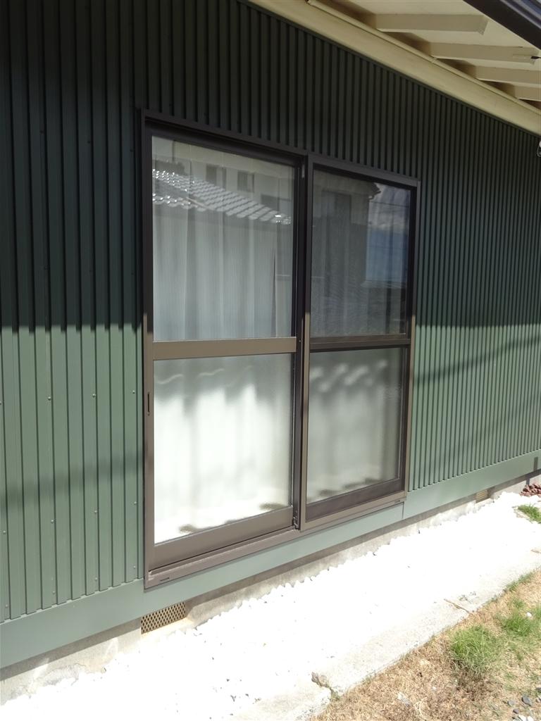 えいごのひろば 改装工事 教室 廊下 窓