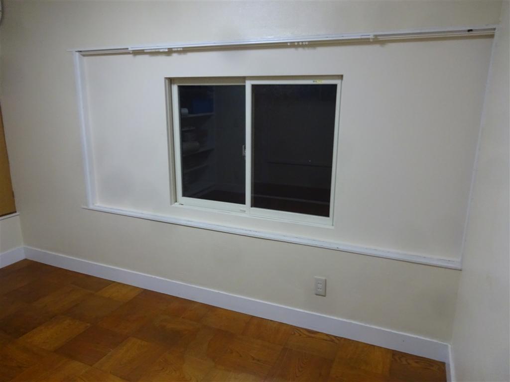 えいごのひろば 改装工事 2F 南側 洋間窓 室内側から