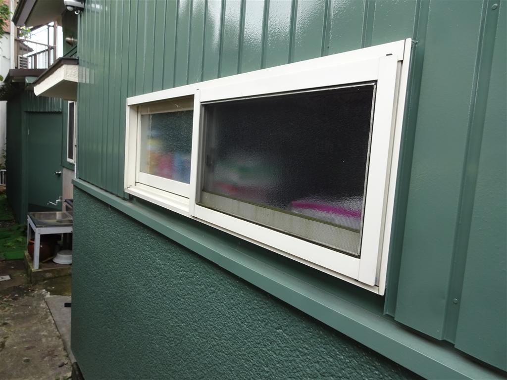 えいごのひろば 改装工事 キッチン窓 外側撮影
